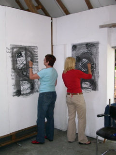 Het atelier ligt in het buitengebied ten noorden van Boxtel (Noord-Brabant). Vlakbij het prachtige uitgebreide natuurgebied