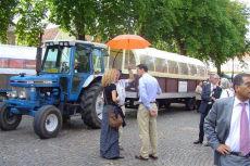 Deze huifkar brengt u naar de mooiste plekjes in de streek rondom Hilvarenbeek
