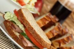 D'n Oirschotse Kegel verzorgt graag de catering bij u thuis of op uw werk. Heerlijk vers bereide producten uit eigen keuken.