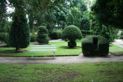 De kloostertuin is het hele jaar door dagelijks toegankelijk tussen zonsopgang en zonsondergang.