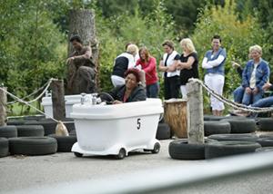 Kanoboerderij de Reusel Badkuip- en WC-racen