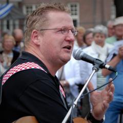Zondag 5 April optreden van troubadour Tonny Wijnands