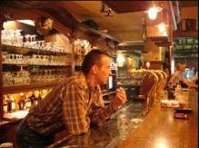 \'t Groenkoffiehuis beschikt over verschillende ruimtes, van bruin café tot biljartzaal en vergaderruimte.