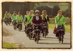 Helemaal terug van weggeweest! Heerlijk ouderwets toeren door het prachtige Brabantse landschap. U rijdt zonder helm.